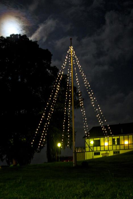 julgransbelysning utomhus flaggstång