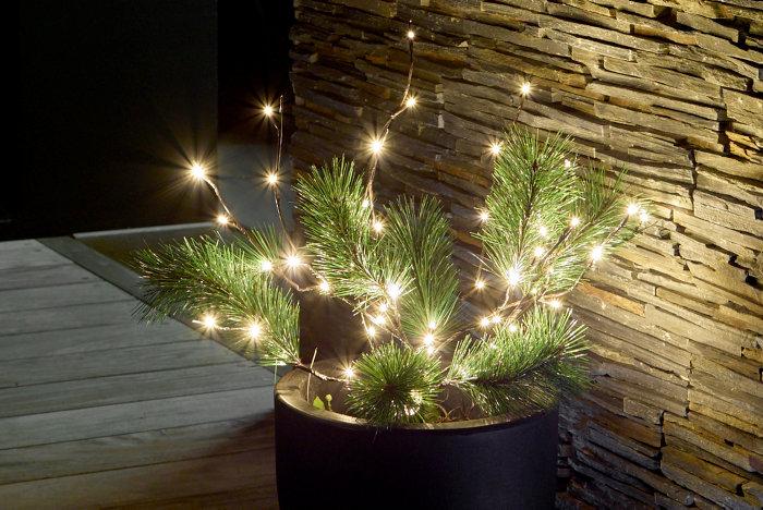 Pyntetræ med 50 LED-pærer
