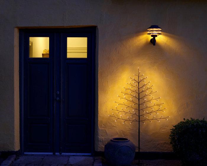 Pyntetræ 96 LED-pærer og spyd - 150 cm