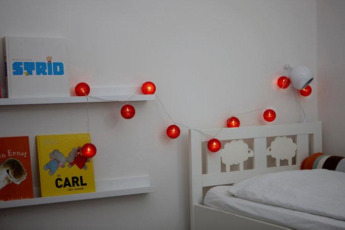 Ljusslinga LED med bollar