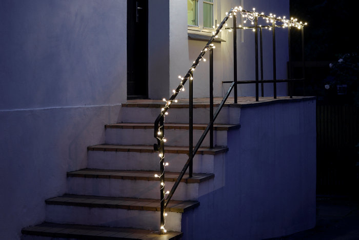 Lyskæde med 100 runde LED-pærer