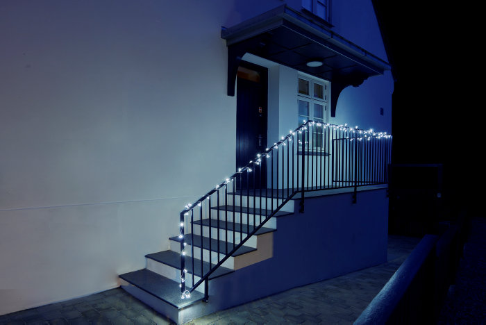 Lyskæde med 100 LED-diamanter