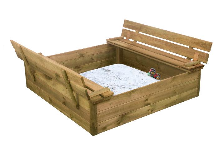 Sandkasse med benk og lokk