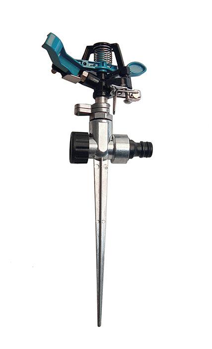 Vattenspridare på spjut