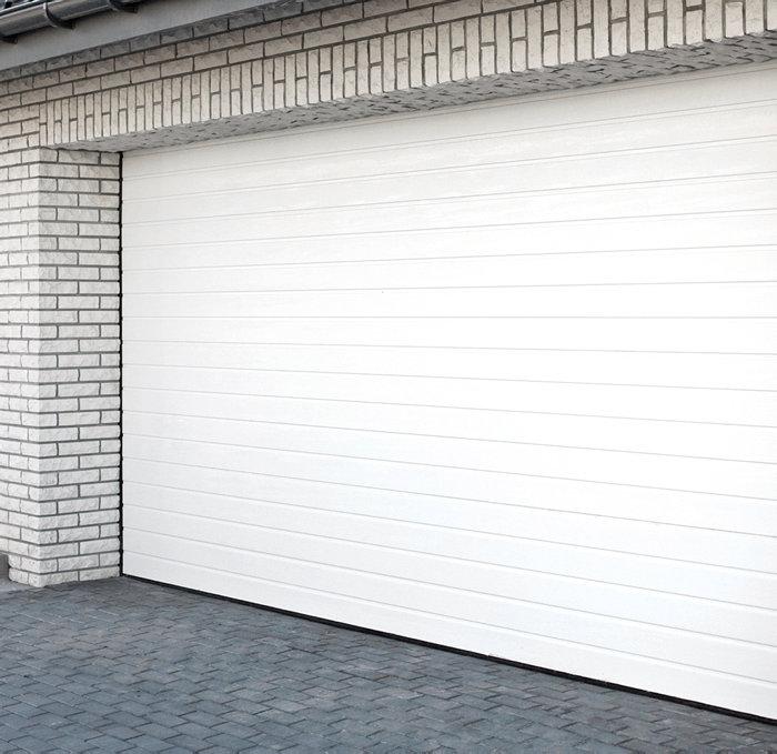 Garageport med fuld isolerede 40 mm elementer