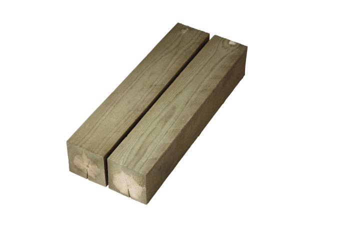Imp. stolper 100 x 100 mm x 2,4 m.