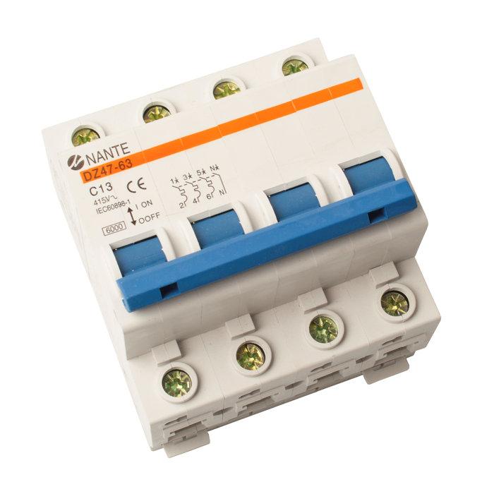 Automatsikring 3P+N 6KA A/C 10A